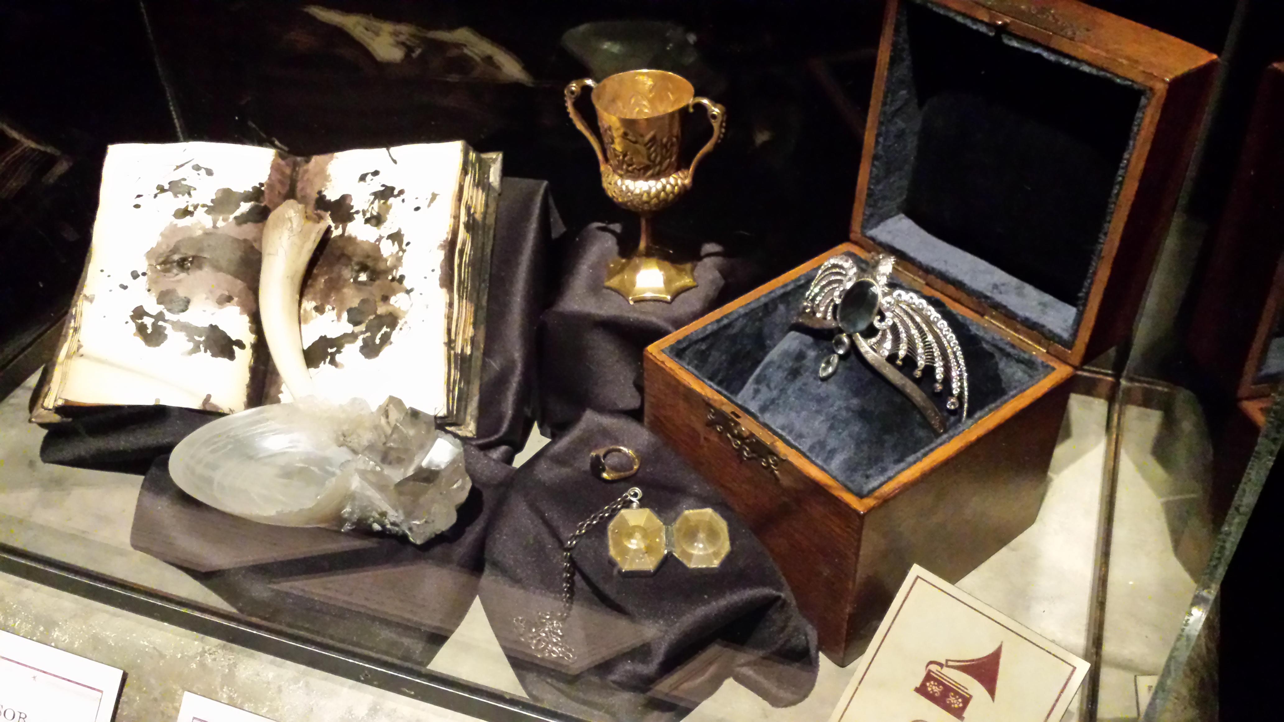 exposition harry potter d couvrir le monde des sorciers. Black Bedroom Furniture Sets. Home Design Ideas