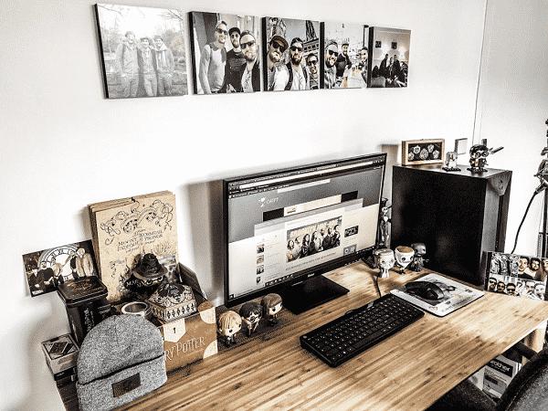 Mon nouveau bureau avec mes cadres photos Mixtiles