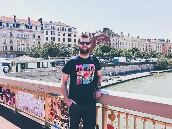 T-shirt avengers par Pampling