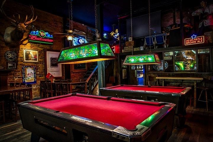 Billard dans un pub