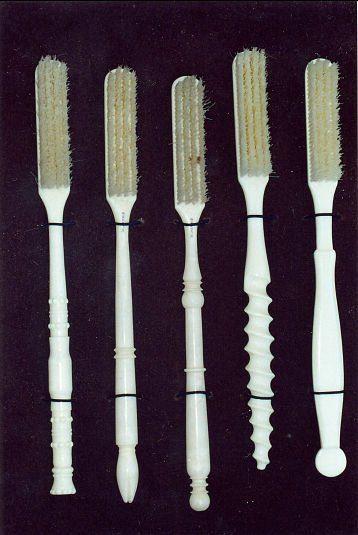 Brosses à dents du 19ème siècle